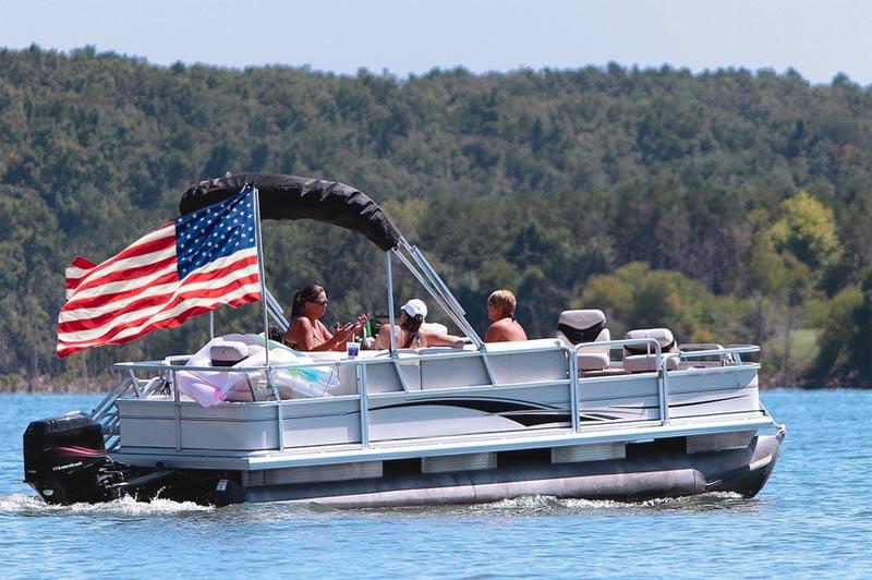 US pantoon boat