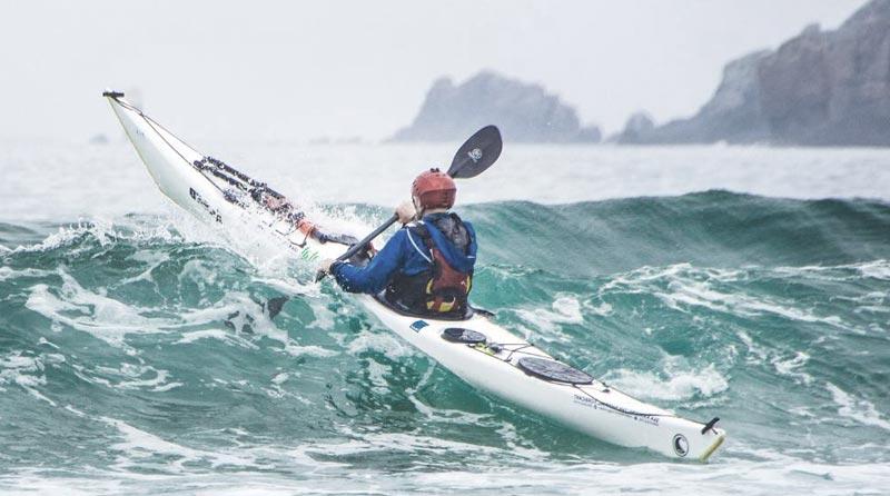 kayak on wave
